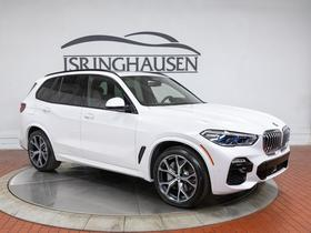 2019 BMW X5 xDrive50i:22 car images available