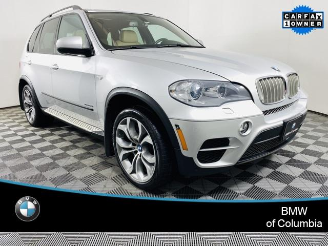 2012 BMW X5 xDrive50i:24 car images available