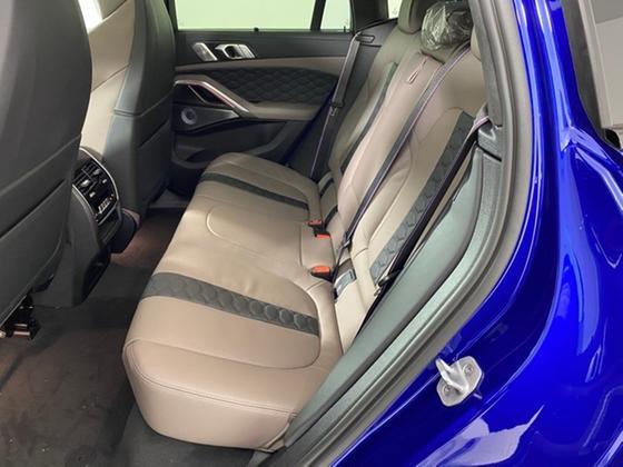 2021 BMW X6 M