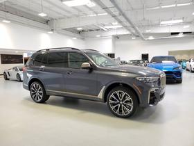 2020 BMW X7 M50i:24 car images available