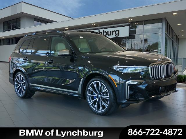 2021 BMW X7 M50i:21 car images available