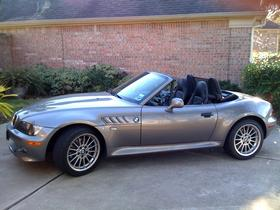 2002 BMW Z3 3.0i : Car has generic photo