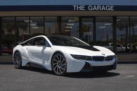 2015 BMW i8 :21 car images available