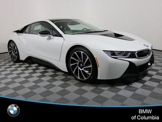 2017 BMW i8 :20 car images available