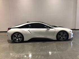 2015 BMW i8 :20 car images available