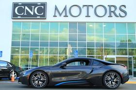 2015 BMW i8 :24 car images available