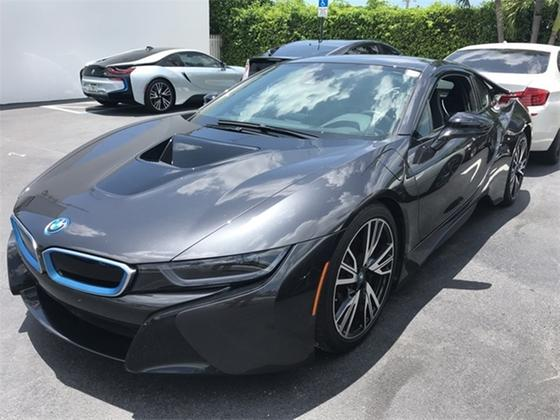 2015 BMW i8 :7 car images available