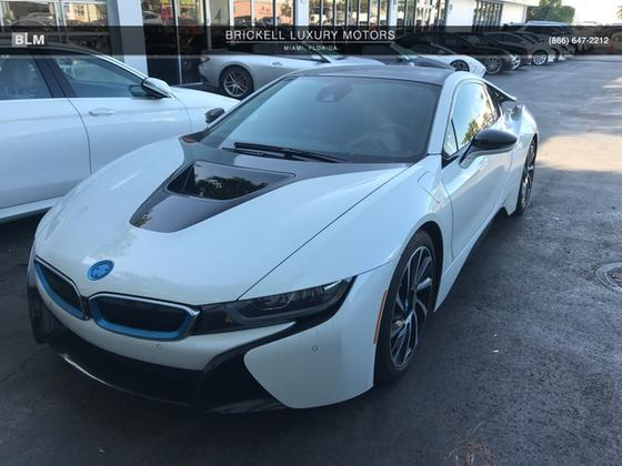 2016 BMW i8 :8 car images available