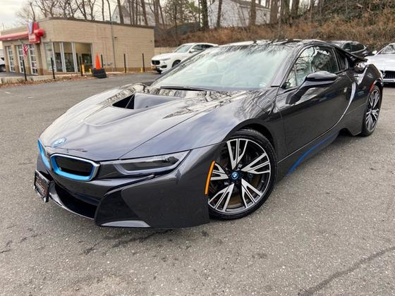 2015 BMW i8 :18 car images available