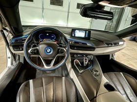 2016 BMW i8