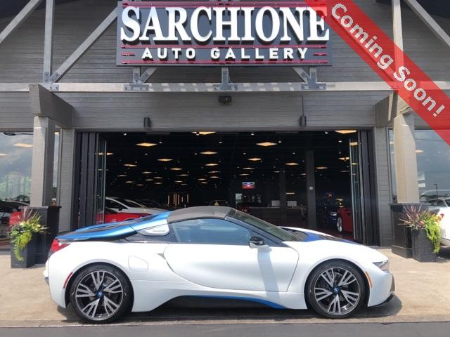 2019 BMW i8 :3 car images available