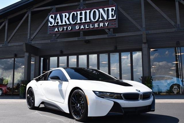 2020 BMW i8 :24 car images available