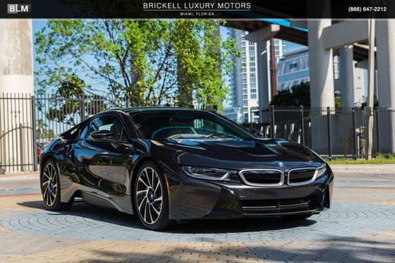 2015 BMW i8 Pure Impulse:24 car images available