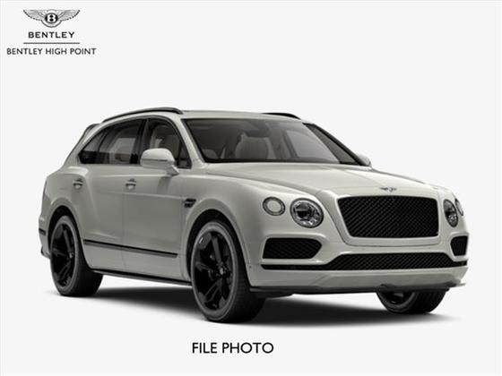 2018 Bentley Bentayga Black Edition:2 car images available
