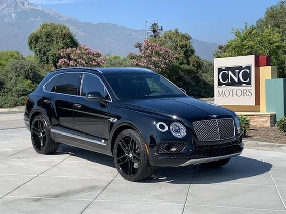 2018 Bentley Bentayga Onyx Edition:15 car images available