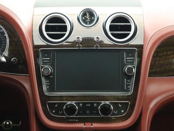 2018 Bentley Bentayga Onyx Edition