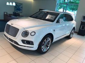 2017 Bentley Bentayga W12:9 car images available