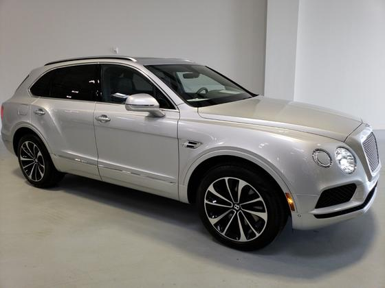 2018 Bentley Bentayga W12:24 car images available