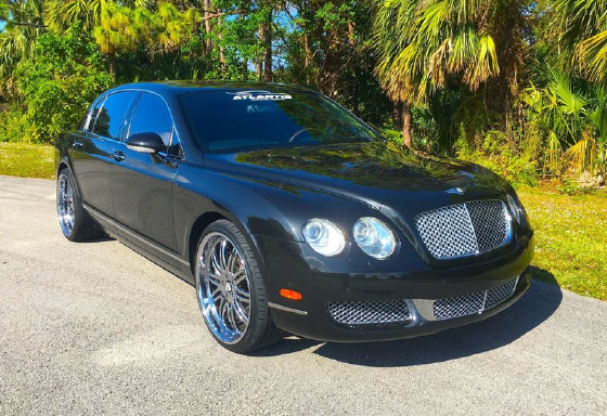 2007 Bentley Continental Flying Spur:9 car images available