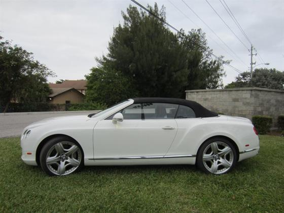 2012 Bentley Continental GT:18 car images available