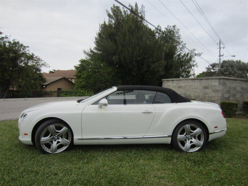 2012 Bentley Continental GT:20 car images available