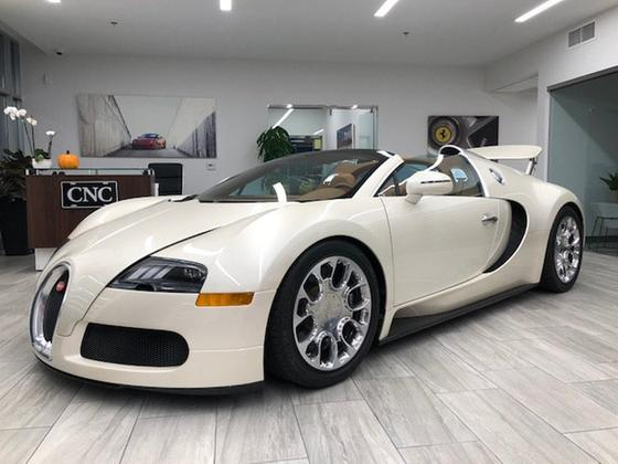 2012 Bugatti Veyron 16.4:24 car images available