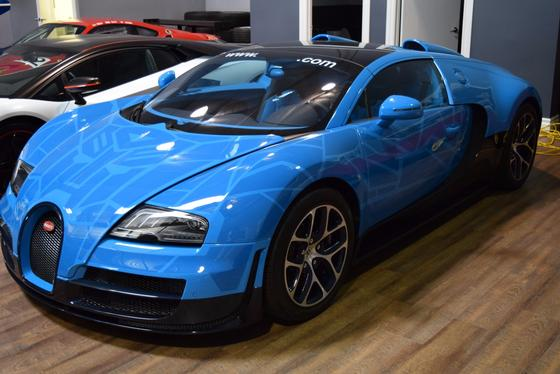 2014 Bugatti Veyron Grand Sport Vitesse:18 car images available