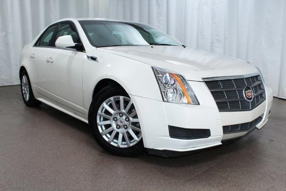 2011 Cadillac CTS Luxury:24 car images available