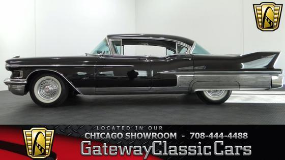 1958 Cadillac Classics Fleetwood:24 car images available