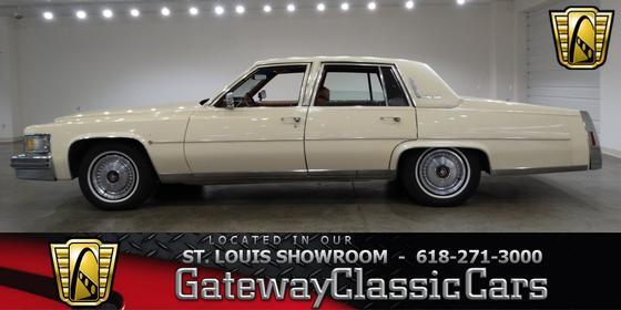 1979 Cadillac Classics Fleetwood:24 car images available