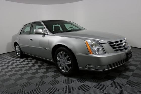 2006 Cadillac DTS Luxury:24 car images available