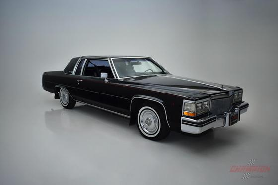 1984 Cadillac DeVille :24 car images available