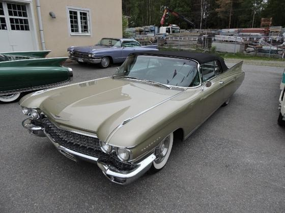 1960 Cadillac Eldorado Biarritz:5 car images available