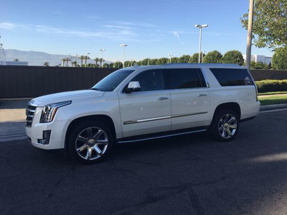 2015 Cadillac Escalade ESV:14 car images available