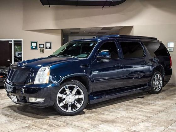 2008 Cadillac Escalade ESV:24 car images available