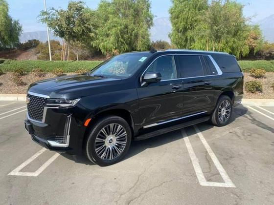 2021 Cadillac Escalade ESV:19 car images available