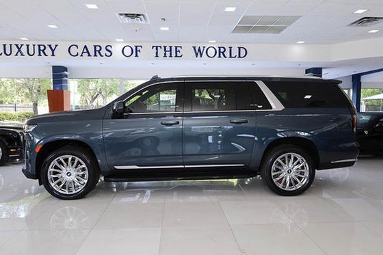 2021 Cadillac Escalade ESV:24 car images available