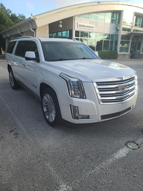 2016 Cadillac Escalade ESV:7 car images available