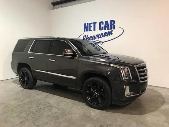 2017 Cadillac Escalade Luxury:17 car images available