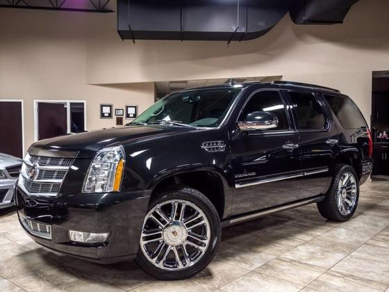 2013 Cadillac Escalade Platinum Edition:24 car images available