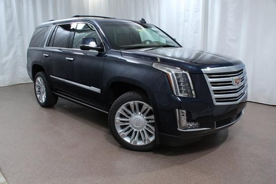 2018 Cadillac Escalade Platinum Edition:24 car images available