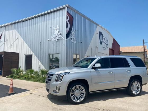 2015 Cadillac Escalade Platinum:24 car images available