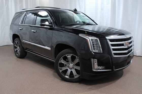 2018 Cadillac Escalade Premium:24 car images available