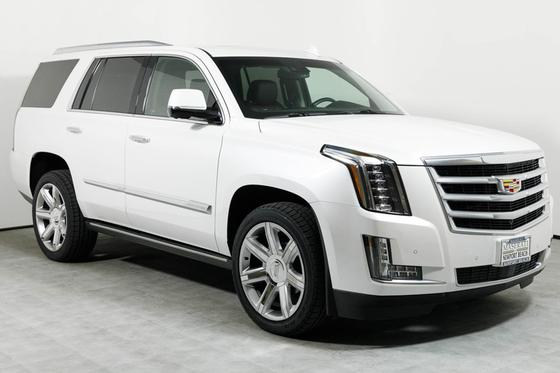 2016 Cadillac Escalade Premium:16 car images available