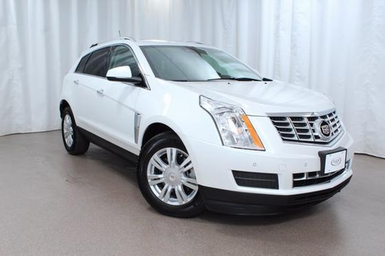 2016 Cadillac SRX Luxury:24 car images available