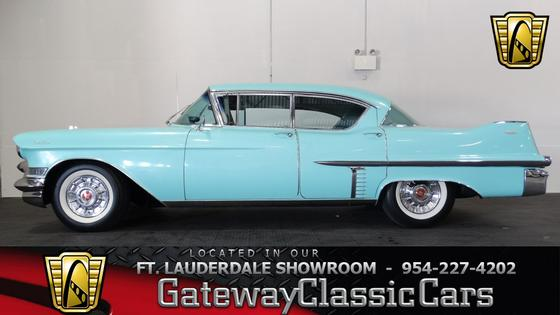 1957 Cadillac Series 62 :24 car images available