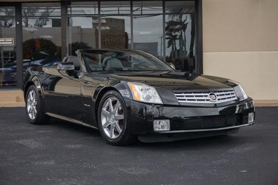 2006 Cadillac XLR Roadster:24 car images available
