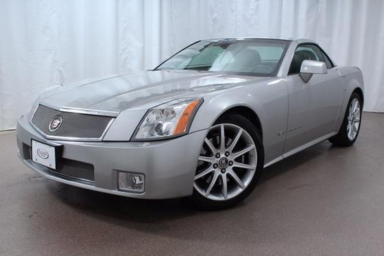 2007 Cadillac XLR V:24 car images available