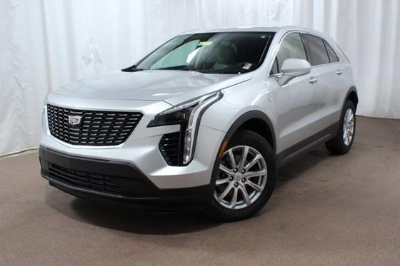 2019 Cadillac XT4 Luxury:24 car images available