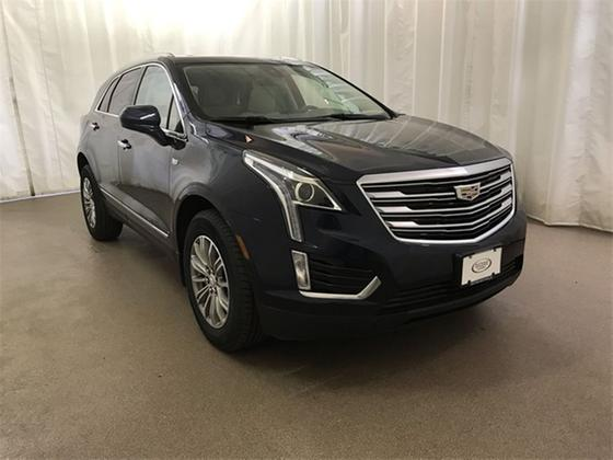 2017 Cadillac XT5 Luxury:24 car images available